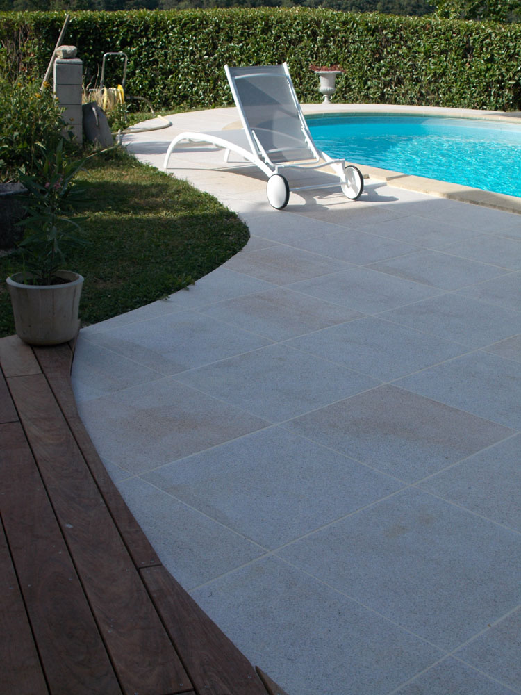 Zoom sur dallage en granit de 60x60